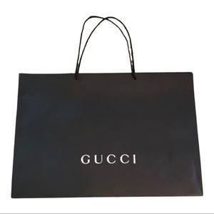 Jumbo Gucci paper shopping bag